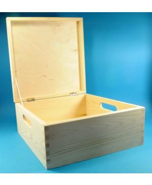 Dėžė medinė 30x30x13.5cm
