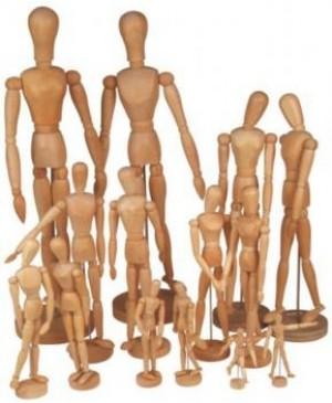 Modelis medinis vyras 15cm