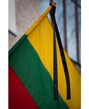 Juodas gedulo kaspinas vėliavai